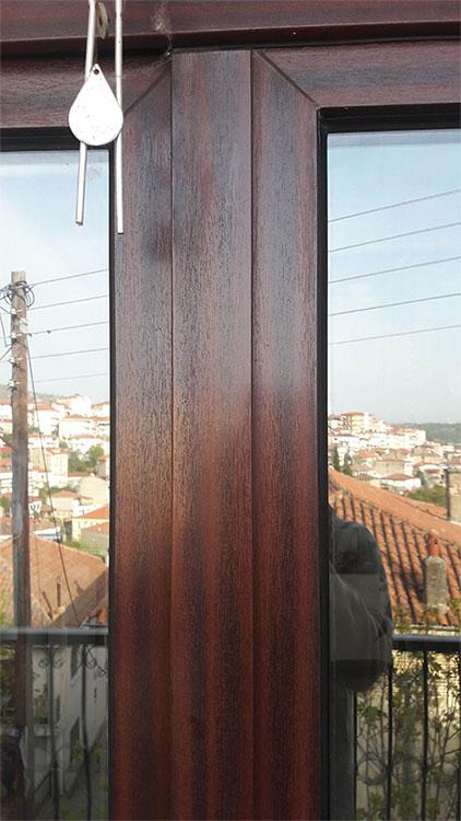 Συνθετικό κούφωμα PVC, 30 ετών από εγκατάσταση στην Καστοριά